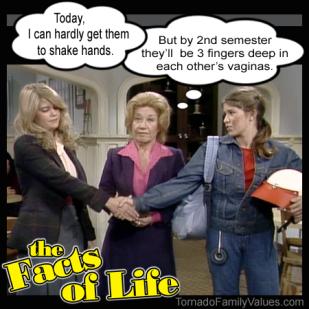jo blair facts of life lesbian 3 fingers deep